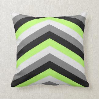 El verde de neón sombrea el modelo de zigzag grand cojines