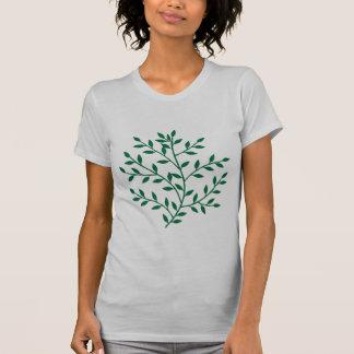 El verde deja la decoración verde de la hoja de la camiseta
