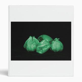 el verde del tomatillo entonó el persimmion y la