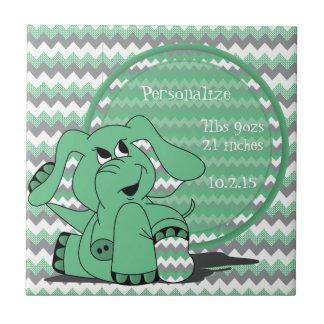 El verde divertido personaliza el recuerdo del azulejo cuadrado pequeño