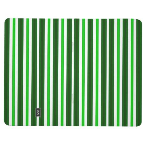El verde entonó rayas cuadernos grapados