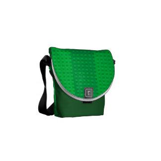 El verde irlandés en verde raya al mensajero del c bolsa de mensajeria