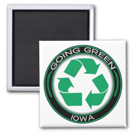 El verde que va recicla Iowa Imán Cuadrado