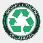 El verde que va recicla Oklahoma Etiquetas Redondas