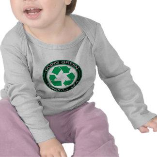 El verde que va recicla Pennsylvania Camisetas