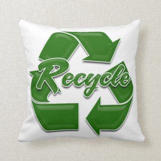 el verde recicla cojin