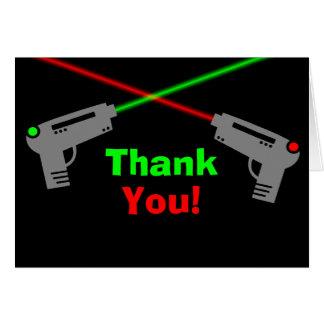 El verde rojo de la etiqueta del laser le agradece tarjeta pequeña