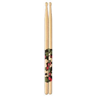 El verde rojo del whi negro del estampado de flore baquetas de batería