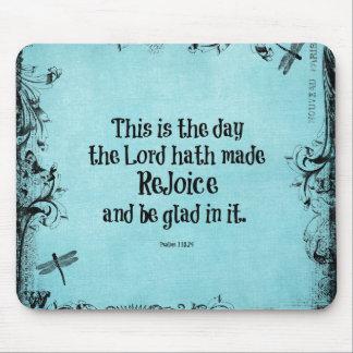 El verso de la biblia esto es el día que el hath alfombrillas de ratones
