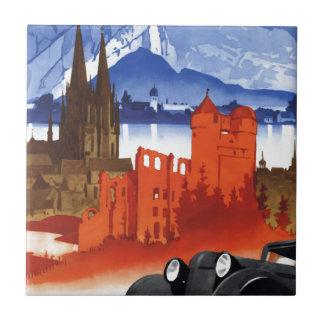 El viajar en automóvili en viaje del vintage del azulejo cuadrado pequeño