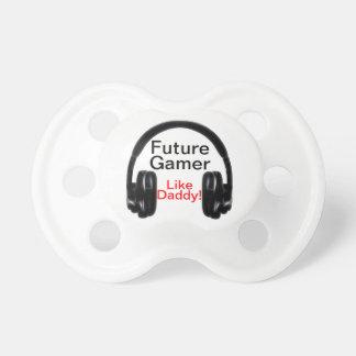 ¡El videojugador futuro tiene gusto del papá! Chupetes Para Bebes