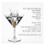 El vidrio de Martini sirve a la fiesta de Anuncio Personalizado