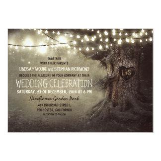 el viejo centelleo tallado del árbol enciende el invitacion personalizada