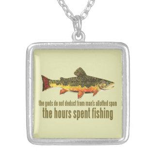 El viejo decir de la pesca colgante cuadrado