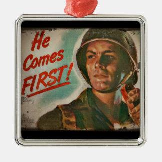 Él viene el primer racionar de la comida de WWII Adorno Navideño Cuadrado De Metal