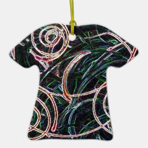 El viento adorno de cerámica en forma de camiseta