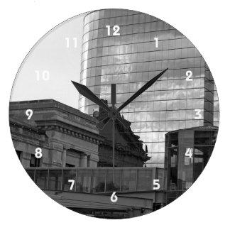 El vínculo reloj redondo grande