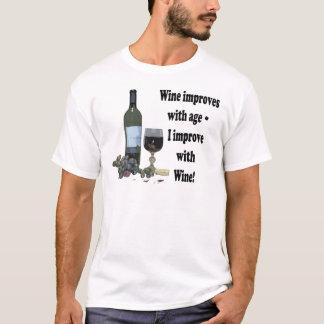 ¡El vino mejora con edad, yo mejora con el vino! Playera