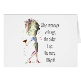 El vino mejora con la edad regalos chistosos del tarjetas