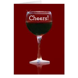 El vino rojo anima la tarjeta del feliz cumpleaños
