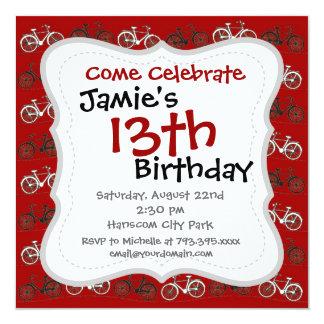 El vintage blanco negro rojo monta en bicicleta el invitación personalizada