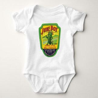 El vintage conserva en vinagre la etiqueta del body para bebé