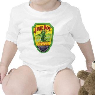 El vintage conserva en vinagre la etiqueta del trajes de bebé
