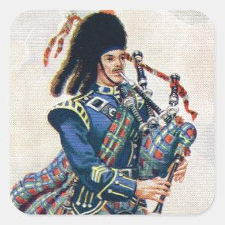 El vintage Escocia, sigue las gaitas Pegatina Cuadrada