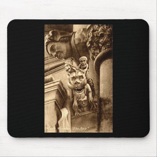 El vintage gótico 1912 de la catedral del Imp Alfombrillas De Raton