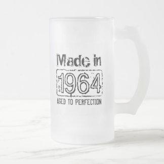 El vintage hecho en 1964 envejeció a la taza de ce