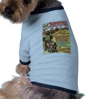 El vintage libre grande del desfile de la calle de camisa de mascota