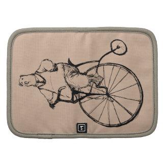 El vintage refiere la bicicleta del comino del organizador