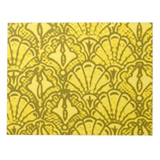 El vintage retro descasca la libreta amarilla bloc