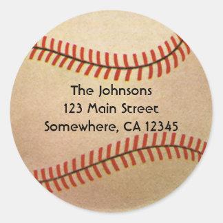 El vintage se divierte al jugador de béisbol, pegatina redonda