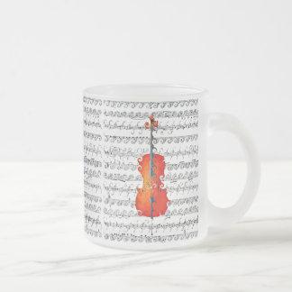 ¡El violoncelo y yo oscilamos! _ Taza De Café Esmerilada