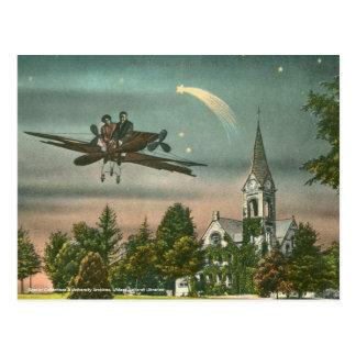 El volar arriba sobre capilla vieja tarjetas postales