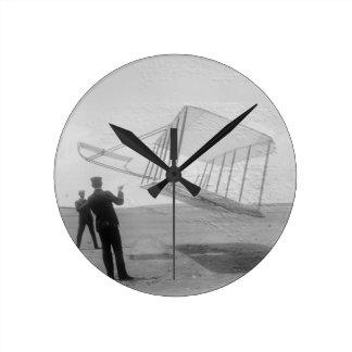 El vuelo de prueba de los hermanos de Wright Reloj Redondo Mediano