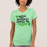El whisky irlandés me hace juguetón camisetas
