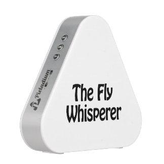 el whisperer de la mosca altavoz