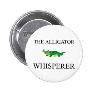 El Whisperer del cocodrilo Pin Redondo De 2 Pulgadas