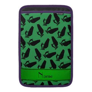 El windsurfing negro verde conocido personalizado funda macbook air