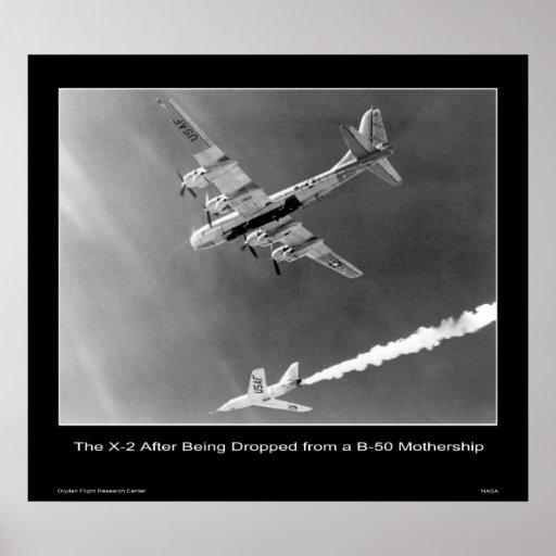 El X-2 después de ser caída de una maternidad B-50 Impresiones