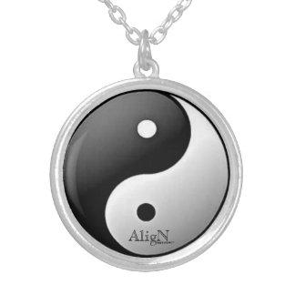 El &Yang de Yin Collar-por alinea Collar Plateado