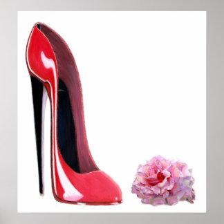 El zapato y el rosa rojos del estilete del talón n póster