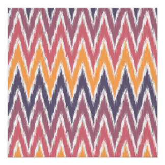 El zigzag anaranjado púrpura de Ikat Chevron raya Perfect Poster