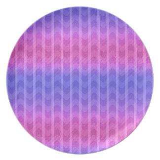El zigzag azul rosado femenino elegante de moda ra platos para fiestas