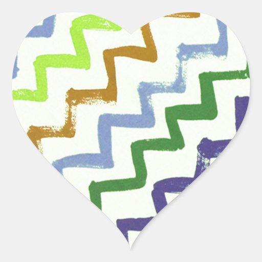 El zigzag colorido de Chevron raya el modelo Pegatina En Forma De Corazón