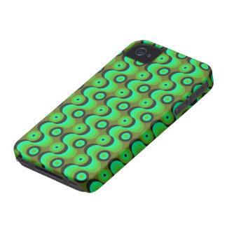 El zigzag curvado alinea los años 70 verdes de los Case-Mate iPhone 4 cobertura