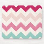 El zigzag en colores pastel del galón raya moda de tapetes de ratones