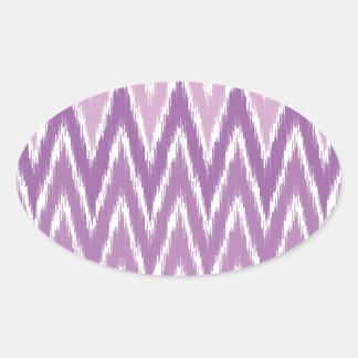 El zigzag púrpura de Ombre Ikat Chevron raya el mo Colcomanias Óval Personalizadas